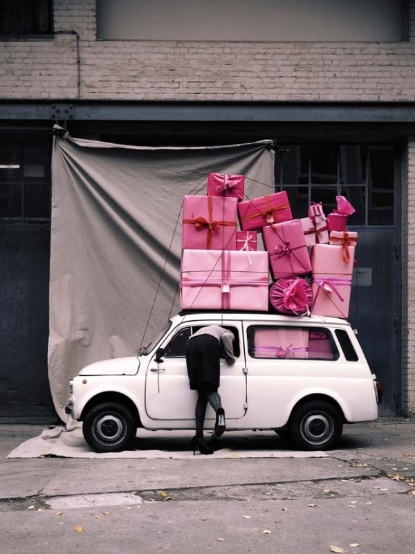car-gifts-girl-pink-presents-Favim.com-190098