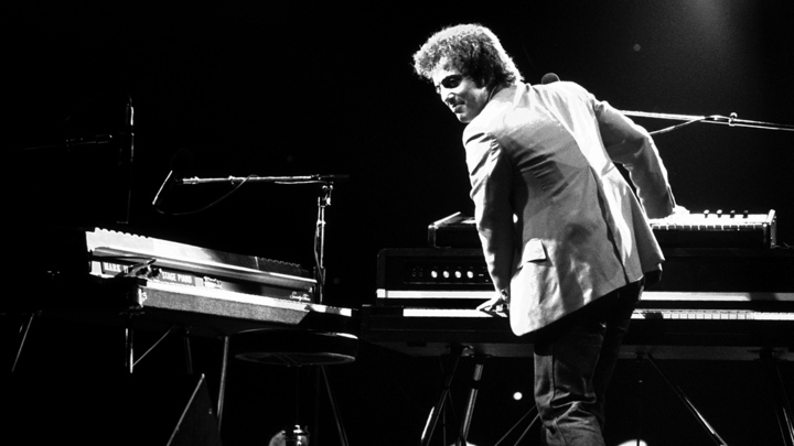 Billy Joel Performs Live On 1980 US Tour