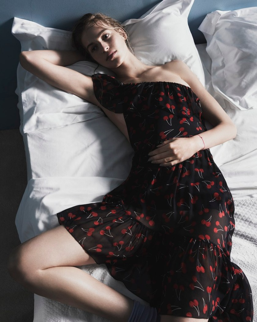 VANESSA-AXENTE—BY-NICK-DOREY-FOR-TWIN-MAGAZINE-ISSUE-12-SPRING-SUMMER-2015-8