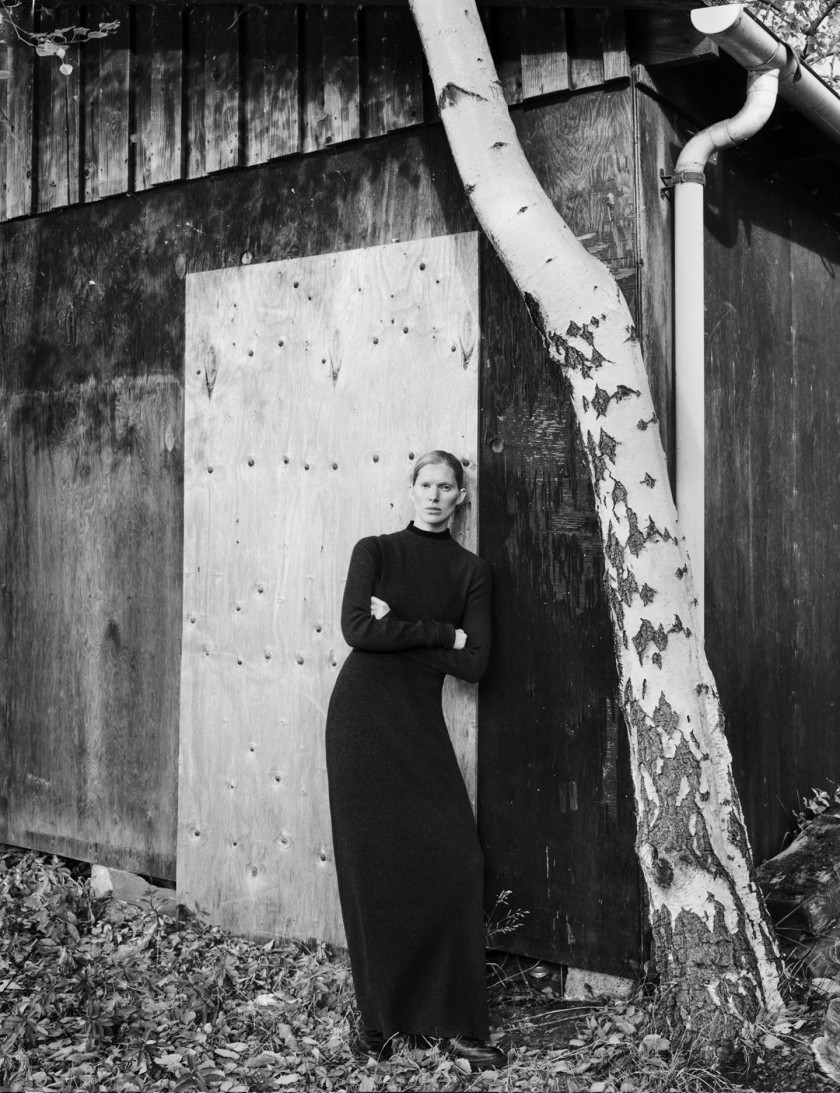 ISELIN-STEIRO-BY-HASSE-NIELSEN-FOR-COVER-MAGAZINE-DECEMBER-2015-10