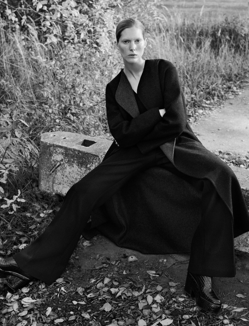 ISELIN-STEIRO-BY-HASSE-NIELSEN-FOR-COVER-MAGAZINE-DECEMBER-2015-15
