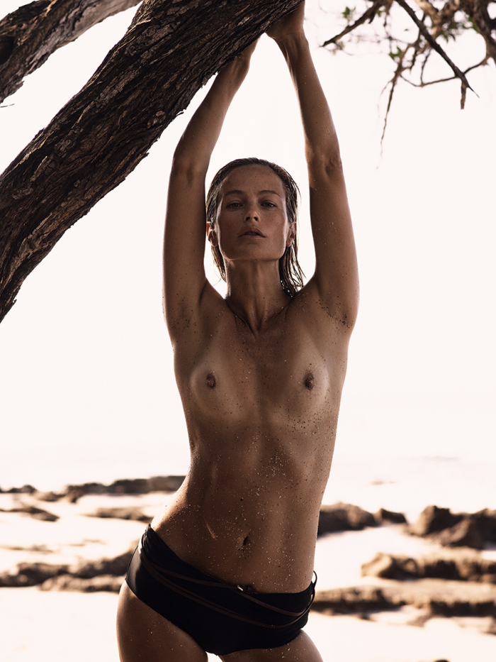 secret-hideaway-carolyn-murphy-by-mikael-jansson-for-interview-magazine-march-2016-7