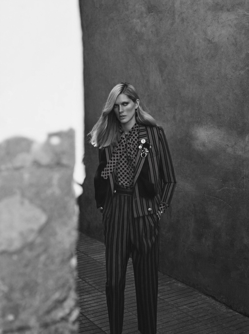 ISELIN-STEIRO-BY-ANNEMARIEKE-VAN-DRIMMELEN-FOR-WSJ-MAGAZINE-MAY-2016-6