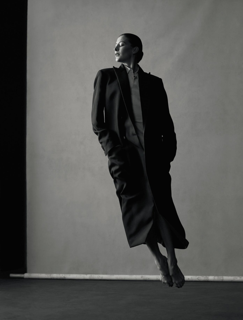 MARIE-AGNÈS-GILLOT-BY-JACOB-SUTTON-FOR-NUMÉRO-MAGAZINE-ISSUE-173-MAY-2016-9