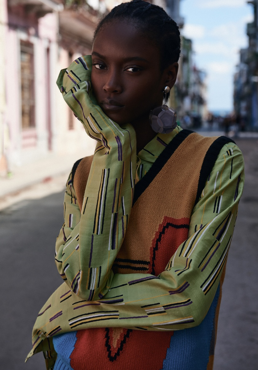 ANAIS-MALI-AND-RILEY-MONTANA-FOR-VOGUE-UKRAINE-JULY-2016-5