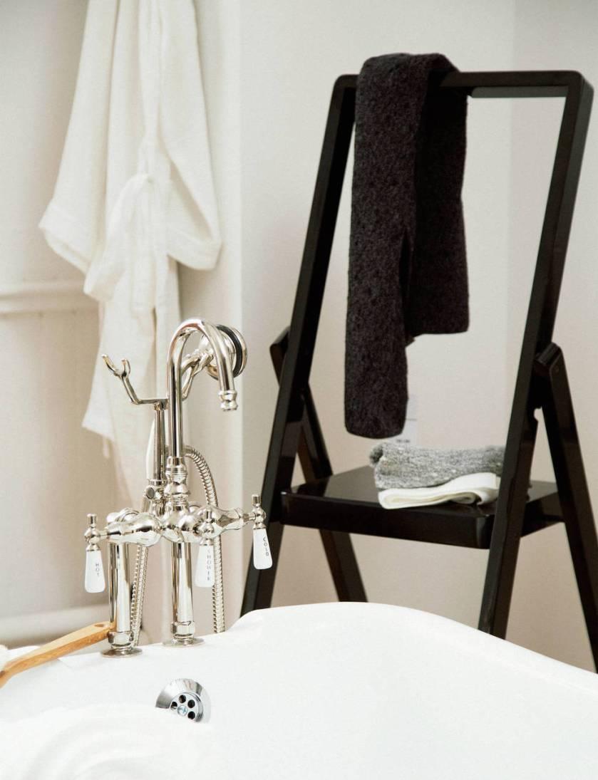 medium_ed_ch_v3_tenfold_bathroom_1