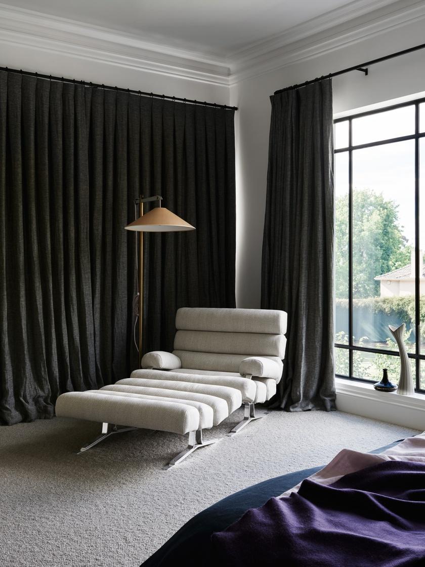 est-living-robsonrak-toorak2-house-chaise