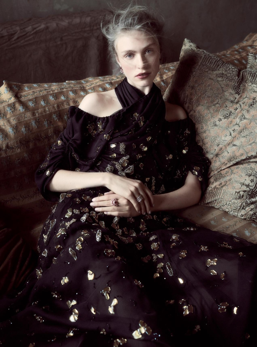 hedvig-palm-by-regan-cameron-for-harpers-bazaar-uk-december-2016-7