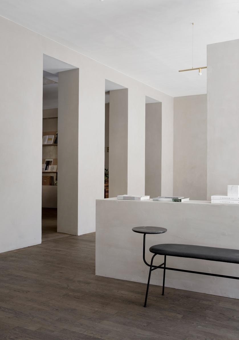kinfolk-office_norm_architects_interiors_gallery_copenhagen_dezeen_2364_col_3