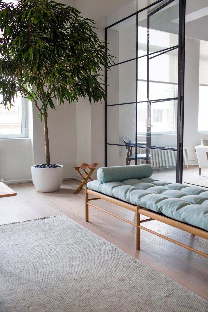 carl-hansen-son_new-york_showroom-furniture-interiors_dezeen_2364_col_7